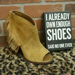 Gianni Bini Fringe Camel Ankle Boots Peep Toe